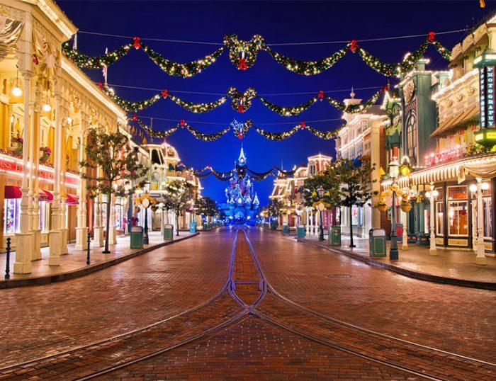 DisneDisney's Enchanted Christmas by Coachyland® Paris by Coach