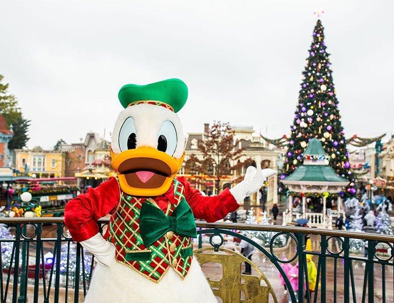 Disneyland® Paris by Coach