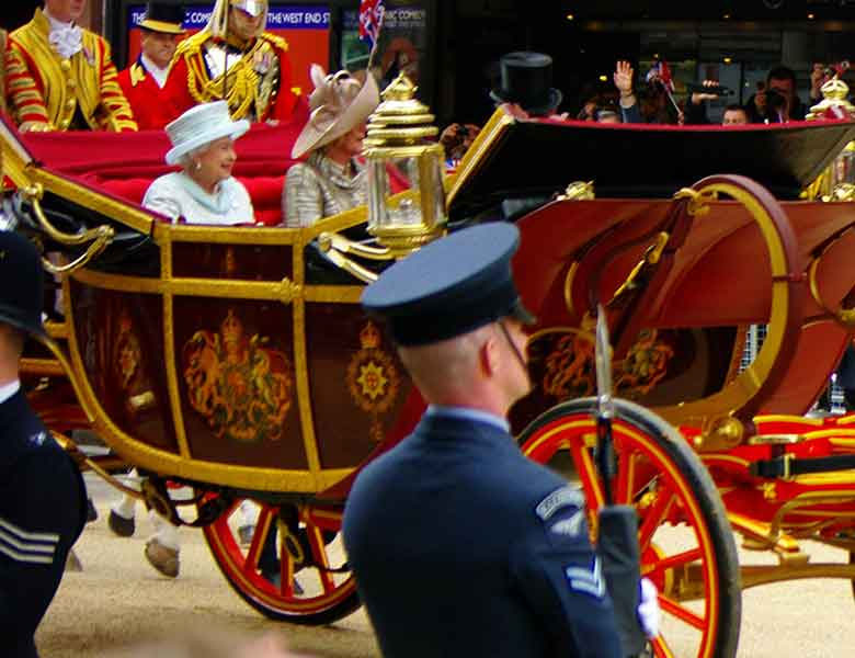 Queens Platinum Jubilee Celebrations by Coach from Teesside